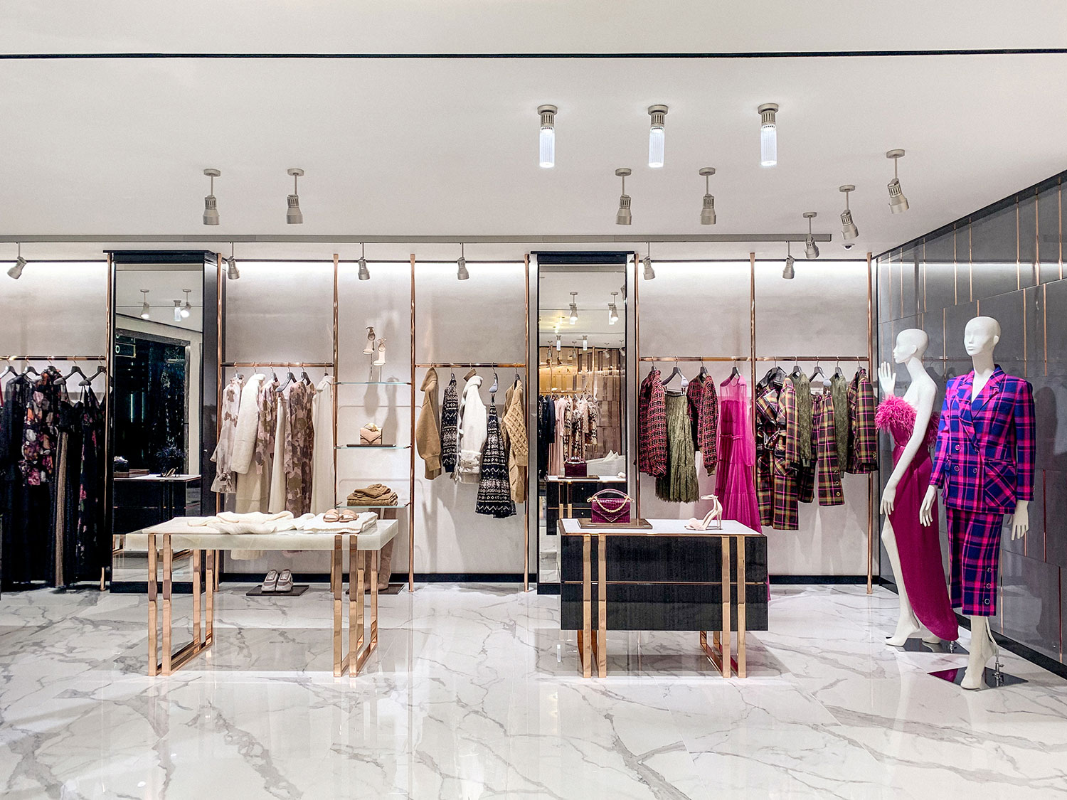 Ralph-&-Russo-Harrods-Boutique-Image-IMG_4091-R