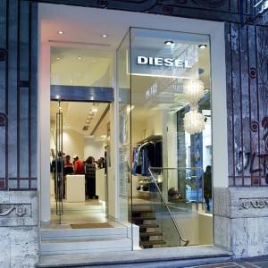 Infissi negozio Diesel – Genova